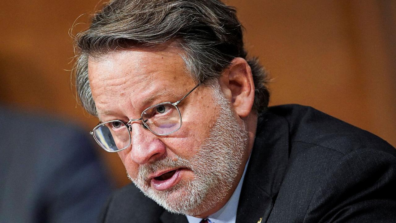 Сенатор США начинает расследование того, «Как криптовалюты способствуют совершению киберпреступлений»